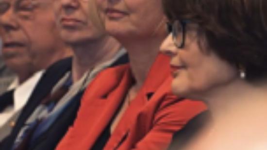 Mitte: Andrea Schröder-Ehlers